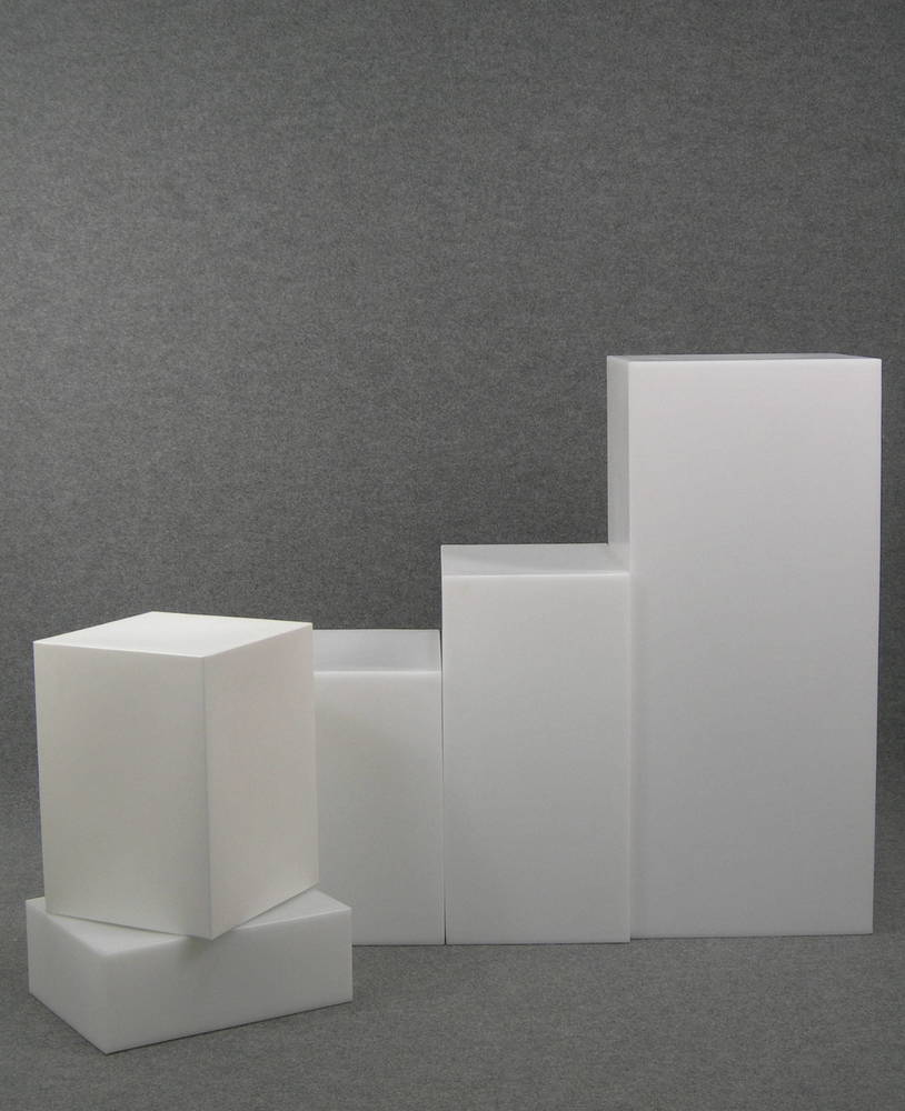 4778 elementi arredo cubi espositori vetrine negozi locali elementi di arrredo a forma di cubo for Negozi arredamento economici