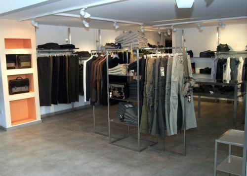 3282 abbigliamento arredamento negozi colonna appendiabiti struttura ...