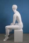 657 seduto manichino donna laccato lucido stilizzato