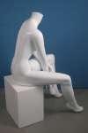 807 seduto manichino donna senza testa
