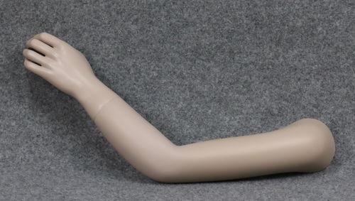 001 BRACCIO 20B - Braccio usato con mano da bambino