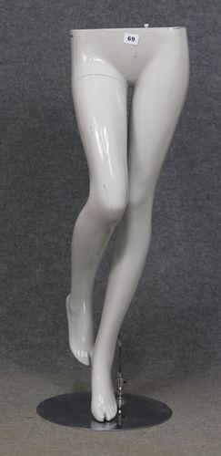 001 GAMBE 69D - Gambe usate di donna.