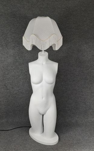 001 LAMPADA CORPO DONNA BUSTO 16BST - Lampada busto a forma di donna con paralume
