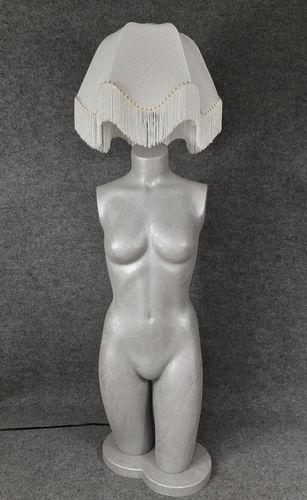 001 LAMPADA CORPO DONNA BUSTO 24BST - Lampada busto a forma di donna con paralume