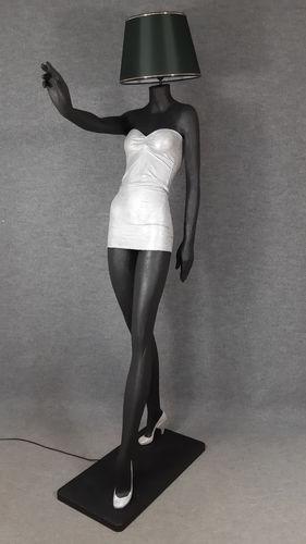 001 LAMPADA CORPO DONNA LADY 5M - Lampada a forma di donna con paralume