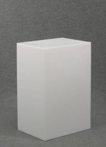 012 CUBO60 - Cubo display H cm.60 in plastica