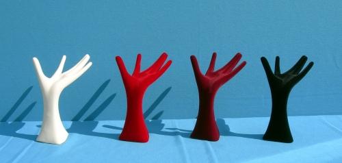 015 12 MANO DONNA FLOCCATA - Confezione mano per bigiotteria in plastica floccata 40pz.