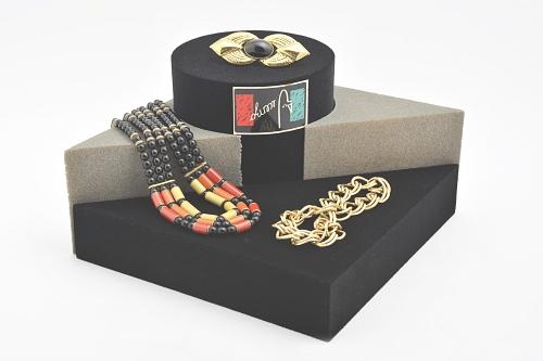 015 132 ESPOSITORE LONDRA BOX - Confezione espositore londra in poliuretano floccato 12pz.