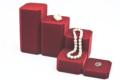 015 77 ESPOSITORE QUADRATA PICCOLA BOX - Confezione espositore componibile quadrata piccola in poliuretano floccato 10pz.