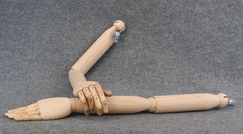 025 COPPIA BRACCIA LEGNO UOMO - Coppia di braccia di legno da uomo con mani