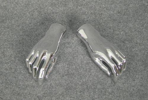 025 COPPIA MANI D AG - Coppia di mani in PVC argentate da donna 2 scelta
