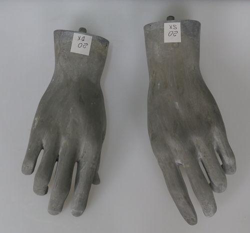 025 COPPIA MANI U 20RAW - Coppia di mani in fibra di vetro da uomo