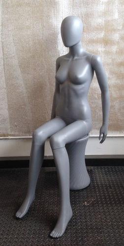 025 MANICHINO DONNA 20SFH - manichino stilizzato per abbigliamento da donna in plastica