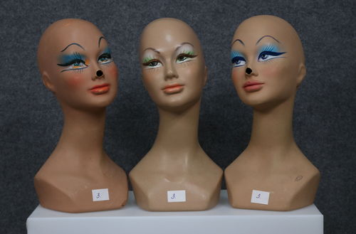 034 SET 3 TESTE 3D - Set di teste usate da donna