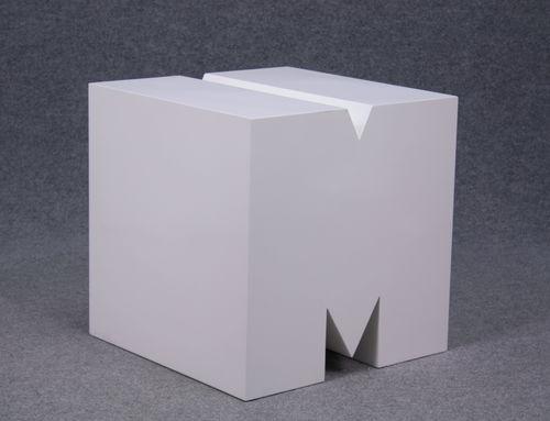 035 ESPOSITORE LETTERA MBI - Espositore lettera m colore bianco