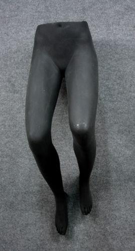 035 GAMBE TDD - Display per pantalone da donna da appendere alla parete gambe piegate