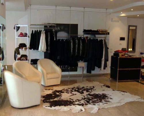 0463 arredamento negozi abbigliamento colonna struttura for Specchio woman abbigliamento