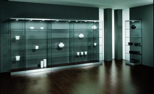 0623 vetrine arredamento faretti ripiani vetro