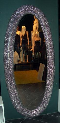 0884 arredamento per negozi di abbigliamento specchio ovale for Specchio woman abbigliamento
