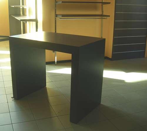 7193 arredamento negozio usato tavolo for Tavolo usato